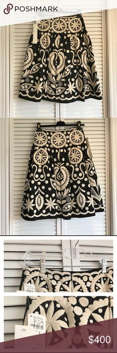 Naeem khan handmade skirt (final sale)🔔📣📢 💯 % All new with tags Naeem khan handmade skirt black and ivory color size 4 original price was $2,870 this designer one of most expensive brand in Neiman Marcus store !!🤔 Naeem khan Skirts Midi