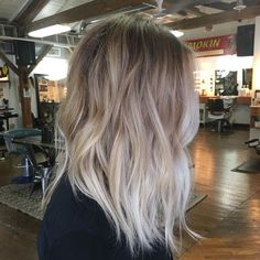 It's true, you can observe that balayage works pretty nicely with all hair lengths. Still another website to explain to you how balayage is finished. Onbre Hair, Hair Day, Ombre Hair Color, Hair Colour, Blonde Color, Best Hair Color, Edgy Hair Colors, Cool Toned Blonde Hair, Ash Blonde Ombre Hair