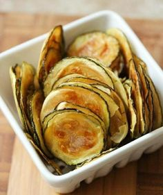 Crispy baked parmesan zucchini chips make the perfect healthy snack! These low-carb zucchini chips use simple ingredients and take just 25 minutes to make.