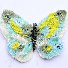 Butterfly brooch- TURQUOISE/WHITE