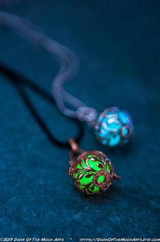 Gorgeous Silver or 18K Rose Gold plated white copper vines wrap this 16mm round pendant with your choice of intense Cold Fusion Aqua, Radioactive Green, Dark Matter Purple or Seafoam Green (or get one pendant with up to four different colour glow orbs, and change the colour to suit
