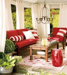 Dream of an outdoor living room.