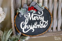 With the holiday season upon us, learn how I created these fun, versatile, and gorgeous wood slice signs! That are also very simple to make!