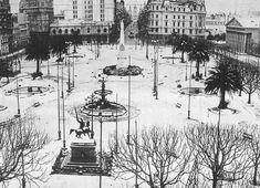 """La nevada más fuerte que registra Buenos Aires cayó durante la tarde del 22 de junio de 1918. El compositor Agustín Bardi dedicó el tango """"¡Qué noche!"""" a ese inusual fenómeno. Nevó por última vez en Buenos Aires el 9 de julio de 2007, en medio de grandes festejos de la población."""