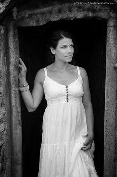 Hilde White Dress, Portraits, Dresses, Fashion, Vestidos, Moda, Fashion Styles, Head Shots, Dress