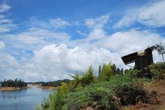 los baños y la vista Clouds, Mountains, Nature, Travel, Outdoor, Places, Outdoors, Naturaleza, Viajes