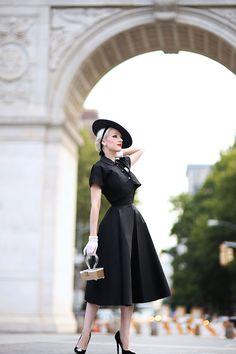 Rachel Ann Jensen ♥: Classic New Look 1950 Outfits, Vintage Outfits, Fashion Outfits, Womens Fashion, 1950s Fashion, Vintage Fashion, Club Fashion, Darkness Girl, Vintage 1950s Dresses