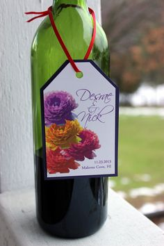 ! This colorful Ranunculus flower wedding gift bag or wine bottle tag ...
