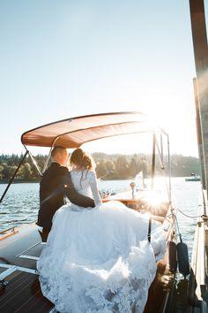 70 ideas for stunning wedding photos - Wedding Photography Boat Wedding, Miami Wedding, Orlando Wedding, Summer Wedding, Wedding Venues, Wedding Photos, Dream Wedding, Wedding Ideas, Wedding Ceremony