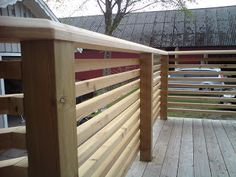 Hjälp med räcke - Sida 2 Deck Railing Design, Patio Railing, Wood Fence Design, Deck Design, Railing Ideas, Outdoor Privacy, Outdoor Pergola, Outdoor Spaces, Outdoor Decor