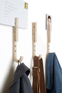 These quality wooden coat hooks have handy pegs allowing you to personalise them with your photos, notes, or even store your mail. Each hook also cont. Design Shop, Deco Design, Diy Wall Hooks, Peg Wall, Peg Hooks, Wooden Coat Hooks, Super Strong Magnets, Yanko Design, Creation Couture