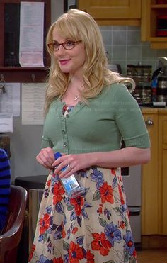 Bernadette�s blue and red floral dress on The Big Bang Theory.  Outfit Details: http://wornontv.net/37829/ #TheBigBangTheory