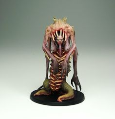 Creepy creature - A disturbing habitant for your dungeon. Unfortunately, no idea about this mini.