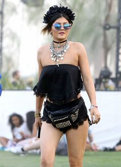 Love her coachella style
