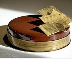 """Entremet """"Galaxie"""" Recette calculée pour 2 entremets de 18cm Composition: Biscuit chocolat noix de pécan Croustillant pral..."""