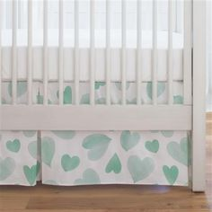Made in The USA Organic 100/% Cotton Crib Skirt Carousel Designs Painted Zoo Crib Skirt Single-Pleat 17-Inch Length
