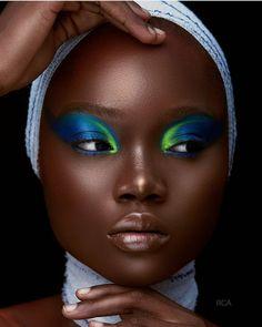 Cameroonian Celebrity makeup artist Vicky-Corine Sone Ndome of La Star Beauty based in Nigeria is La Star Beauty was born on 1984 Black Makeup Artist, Black Girl Makeup, Girls Makeup, African Makeup, African Beauty, Creative Eye Makeup, Dark Skin Girls, Dark Skin Makeup, Looks Black