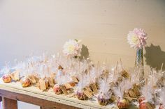Caramel apple wedding favors display.