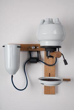 Seppl espresso machine in porcelain by Arvid Häusser on thisispaper.com