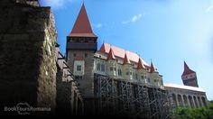 An amazing well preserved medieval castle in #Transylvania. Corvin Castle - Hunedoara - #Romania