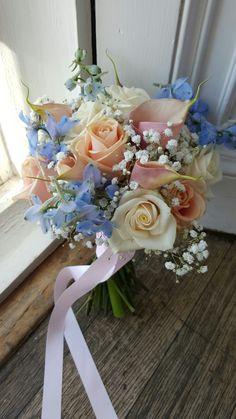 Romantic #blush #roses and #callas with delphinium and gypsophila