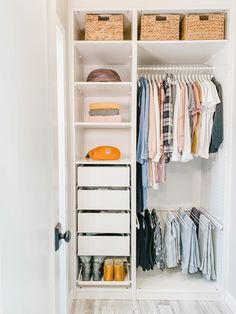 Here is my winter minimalist, capsule, uniform wardrobe in my simple, organized closet from the Minimalist Wardrobe class. Wardrobe Design Bedroom, Bedroom Closet Design, Room Ideas Bedroom, Closet Designs, Wardrobe Room, Wardrobe Storage, Wardrobe Organisation, Small Wardrobe, Small Closets