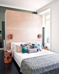 Resultado de imagem para closet behind bed