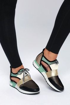 51 Everyday Shoes To Inspire Every Girl Source by petpenufva girls shoes Fancy Shoes, Pretty Shoes, Hot Shoes, Me Too Shoes, Women's Shoes, Shoe Boots, Shoes Sneakers, Tenis Casual, Shoe Wardrobe