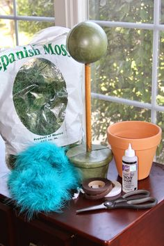 The Real Housewife of Tazewell County: DIY Truffula Trees or Truffula Flowers (Dr. Suess' The Lorax)