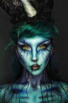 Are you looking for some scary and unique Halloween makeup ideas? Look at our gallery. We have handpicked shocking makeup looks for Halloween Women Face Paint Makeup, Sfx Makeup, Costume Makeup, Horror Make-up, Unique Halloween Makeup, Rainbow Makeup, Unicorn Makeup, Creative Makeup Looks, Fairy Makeup