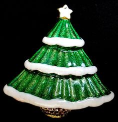 Brooch Christmas Tree Figural Pin Sparkle Green Enamel White Snow
