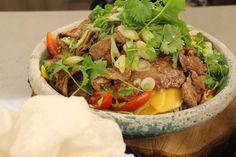 Thai Beef Salad met kroepoek