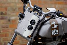 "Royal Enfield Custombike ""Dirty Duck"" #royalenfield #enfield #motorrad #motorcycle #moto #custombike #continentalgt #customizing #dirtyduck"