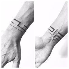 Tatuaje geométrico realizado en nuestro centro de la Vaguada de Madrid. #tattoo #tattoos #tattooed #tattooing #tattooist #tattooart #tattooshop #tattoolife #tattooartist #tattoodesign #tattooedgirls #tattoosketch #tattooideas #tattoooftheday #tattooer #tattoogirl #tattooink #tattoolove #tattootime #tattooflash #tattooedgirl #tattooedmen #tattooaddict#tattoostudio #tattoolover #tattoolovers #tattooedwomen#tattooedlife #tattoostyle #tatuajes #tatuajesmadrid #ink #inktober #inktattoo