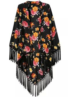 Black Long Sleeve Floral Fringed Kimono from Trinity. Saved to Stuff I like. Fashion Wear, Boho Fashion, Street Fashion, Kimono Noir, Look Kimono, Look Boho Chic, Long Sleeve Kimono, Fringe Kimono, Gland