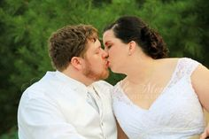 Mr. D and Mrs. Doily take a quick break from their reception to take a few couple portraits.