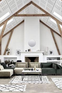 Deze modulaire groene bank van velours staat vast prachtig in jouw woonkamer! Velours is natuurlijk een van de trends voor 2017