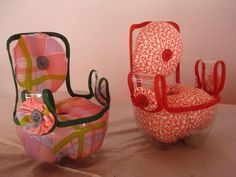 Doll furniture out of plastic bottles http://www.artesanatonarede.com.br/porta-agulhas-reciclado/?utm_content=bufferc850a&utm_medium=social&utm_source=pinterest.com&utm_campaign=buffer  http://calgary.isgreen.ca/energy/wind-power/calgarys-wind-powered-lrt-an-incredibly-successful-system-nenshi/?utm_content=buffer2d2fd&utm_medium=social&utm_source=pinterest.com&utm_campaign=buffer