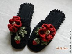 """Обувь ручной работы. Ярмарка Мастеров - ручная работа """"Маки на черном"""" тапочки (подошва валяная). Handmade."""