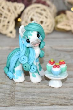 Polymer Clay Sculptures, Polymer Clay Animals, Cute Polymer Clay, Cute Clay, Polymer Clay Creations, Sculpture Clay, Polymer Clay Crafts, Polymer Clay Jewelry, Horse Pattern
