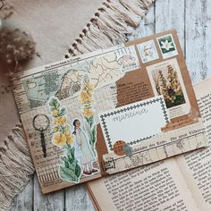 Paper Cards, Diy Cards, Aesthetic Letters, Mail Art Envelopes, Snail Mail Pen Pals, Mail Gifts, Pen Pal Letters, Decorated Envelopes, Envelope Art