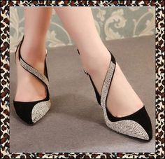 Novo 2014 Bonita Pedrinhas Shoes Moda Mulher Sandálias Sapato de bico fino Mulheres Bombas senhoras da alta qualidade do Partido Sexy Preto Salto Alto
