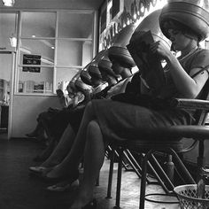 Ladies at the Waterman School of Hairdressing, London, 1960. Photo by Henry Grant.