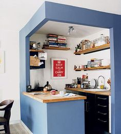 Decoração apartamento pequeno cozinha americana azul