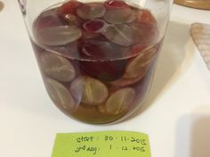 My Mind Patch: Growing Natural Yeast (using grapes) 葡萄天然酵母
