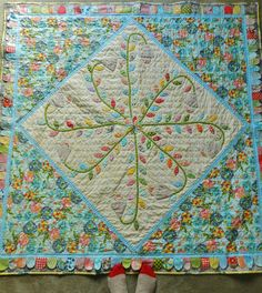 Molly Flanders Makerie: A Special Quilt.....Blogger's Quilt Festival