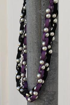 diy ribbon pearl necklace.