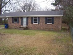 Remodeled brick home in nice quiet neighborhood. Three bedroom, one bath located on dead end road inside city limits with city water and sewer. Large level back yard with plenty of room to garden or for kids to play. Home features freshly painted walls, new light fixtures, renovated bathroom, new flooring throughout. New central heating and air unit. Close to schools, hospital and shopping in Savannah TN