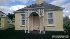 Gate Lodge in Edgeworthstown, Longford, Ireland Georgian Mansion, Old Buildings, Walking Tour, Hyde, Lodges, 19th Century, Gazebo, Ireland, Castle
