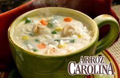 Enero es el mes de la sopa, y que mejor sopa que esta cremosa de pollo y arroz para entrar en calor.